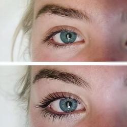 • Before & After • _Lash Lift + Tint $105_Last 8-10 weeks _#lashes #lash #lashlift #lashlifting #las