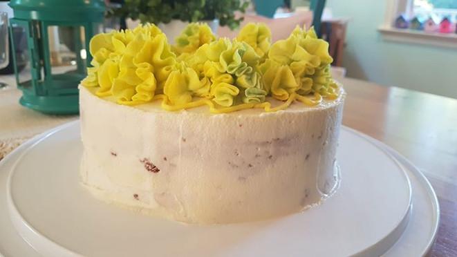 Pound cake with vanilla buttercream