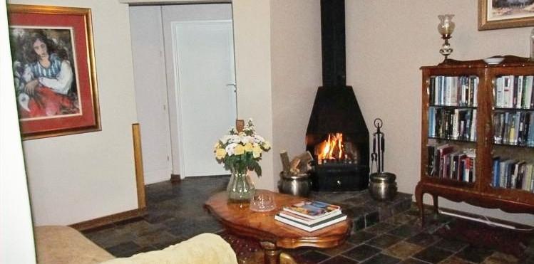 Fireplace12a_edited.jpg