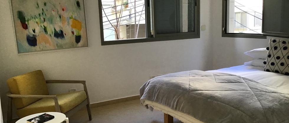 Main Bedroom Esuite .jpg