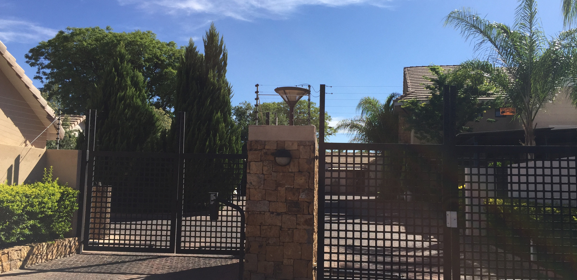 Meerkat Manor Entrance