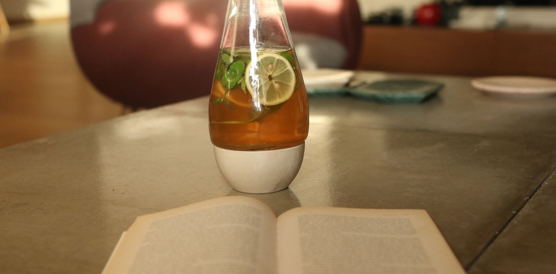 Breek Shay | Tea Carafe