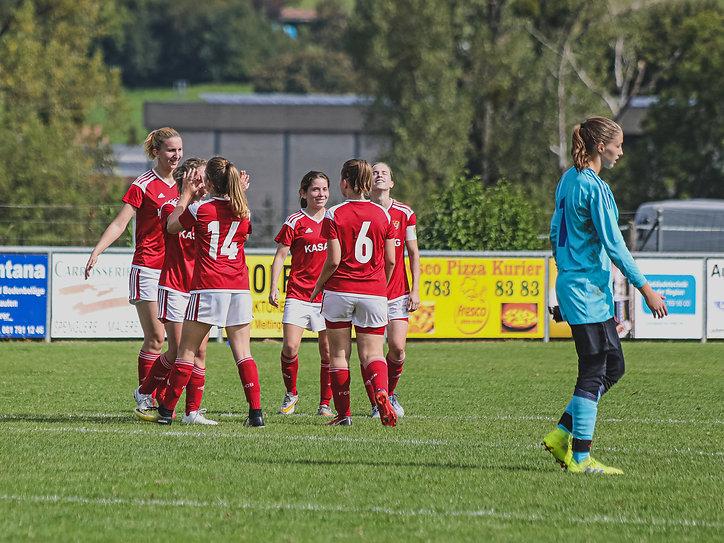Frauen 1. Mannschaft-15.jpg
