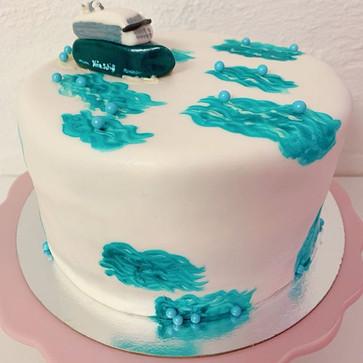 🚢 Jetzt gibt es die Torte im Ganzen. Zu