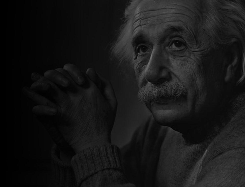 EinsteinBG.jpg