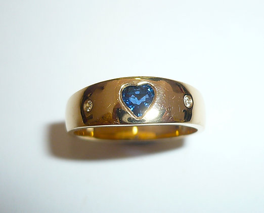 Heart shaped sapphire and diamond set ring