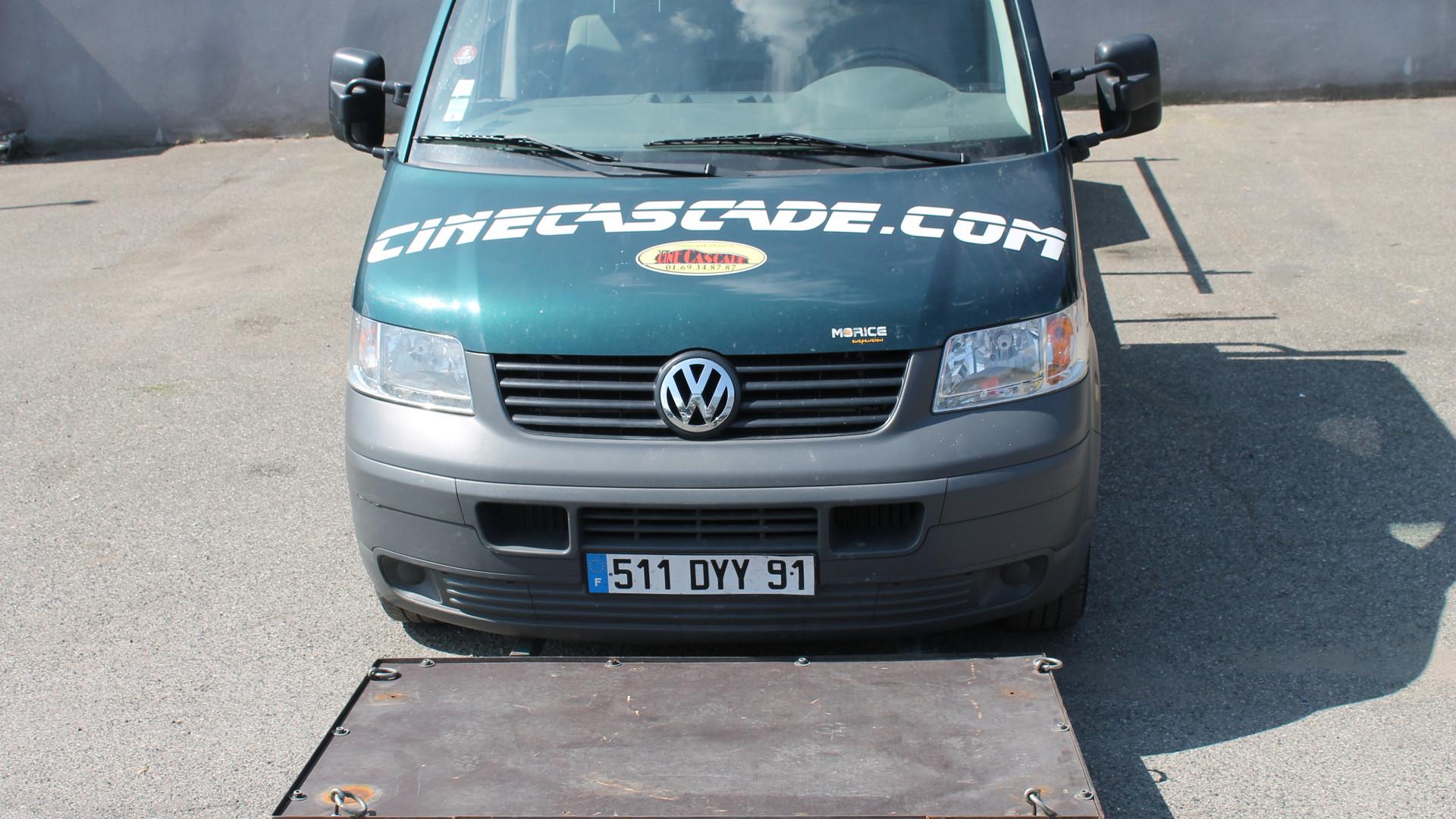 Voiture travelling plateau VW T5 + pl