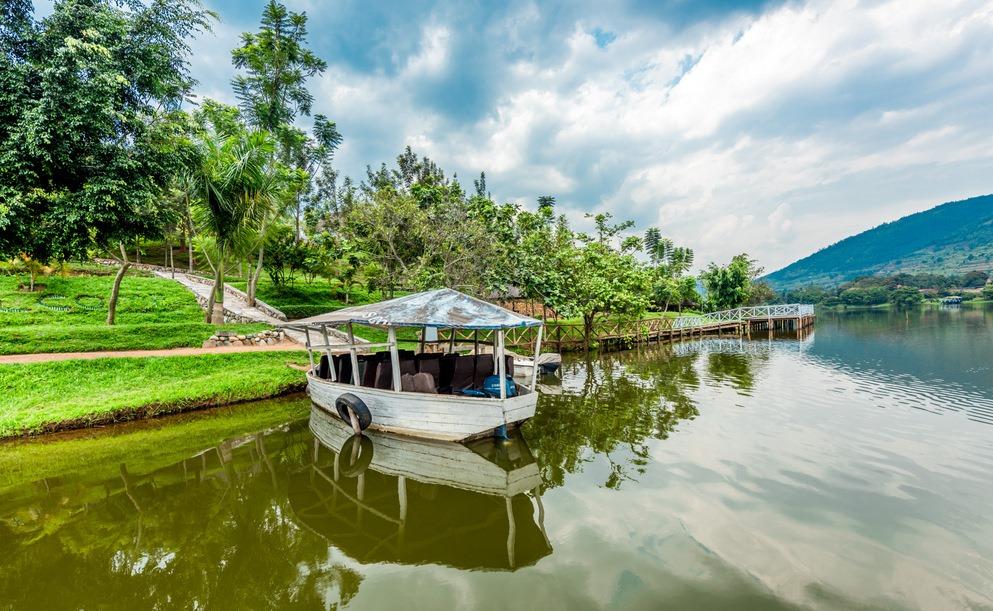 Twin Lakes Boat Ride