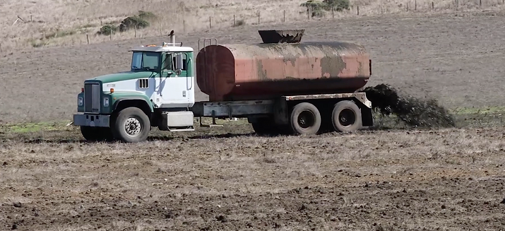 Manure-truck.png