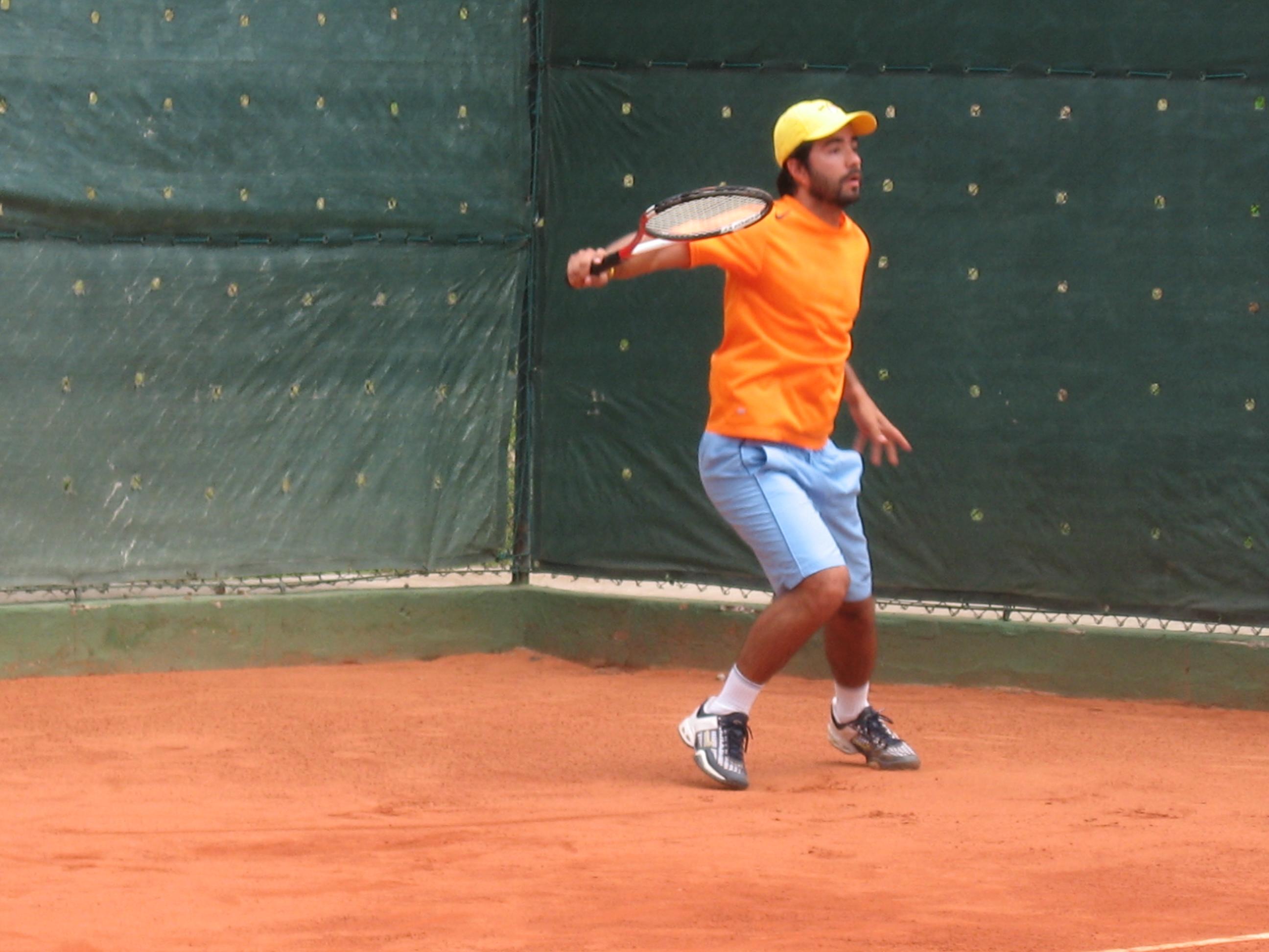 Paulo Carvalho professor tênis