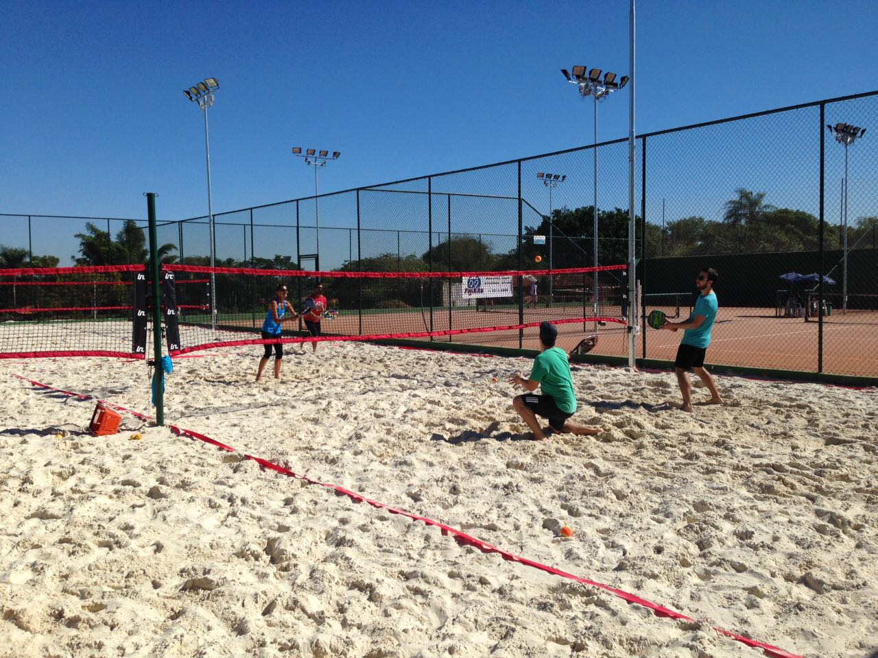 Ataque Beach Tennis