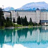 露易絲湖城堡酒店.jpg