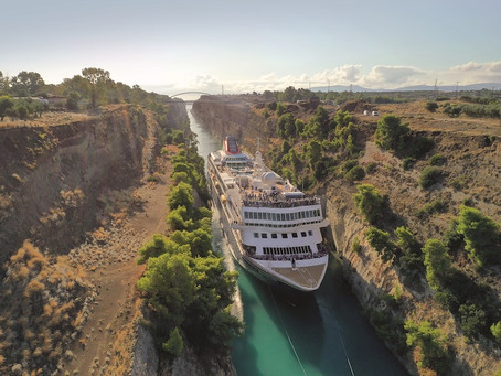 【遊輪界新玩法】大型遊輪穿越僅24公尺寬的柯林斯運河 Corinth Canal Crossing