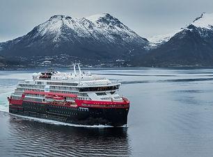 fridtjof-nansen_first-sailing-2019_4.jpg