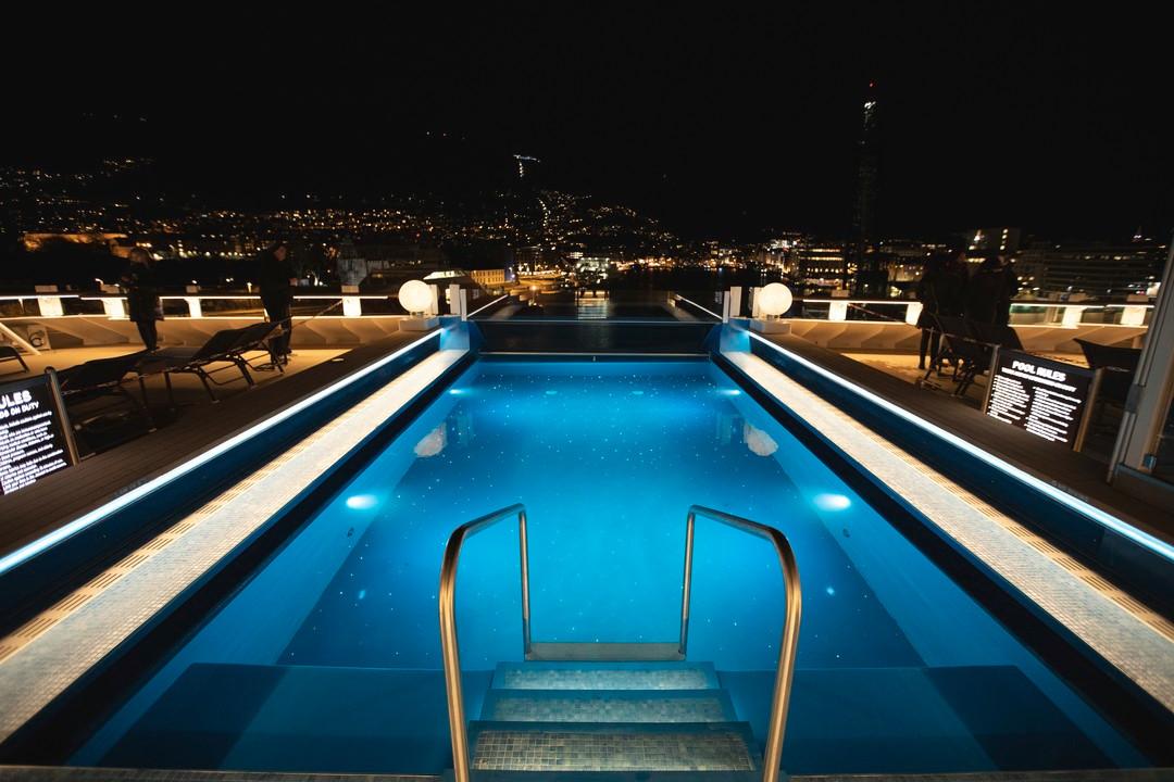 The-pool-area-MS-Fridtjof-Nansen-HGR-142