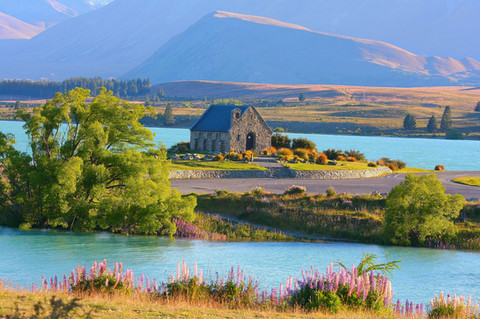 dne-Pixabay free lake-tekapo-51736_1920.