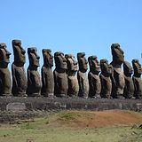 阿胡通加里基 - 15巨石像群.jpg