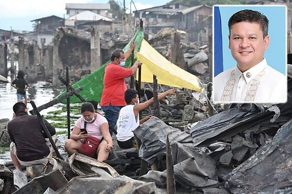 Pulong gives relief aid to Davao fire victims (Manila Standard)