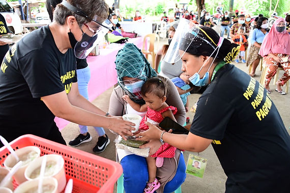 First District Office, City Health Office launch feeding program in 9 barangays
