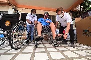 'Pulong' distributes wheelchairs to Davao City senior citizens