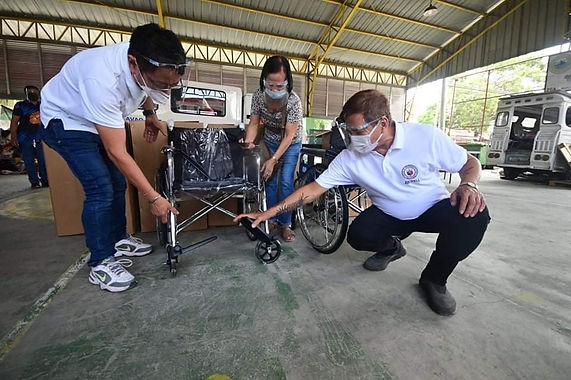 First Congressional District Office distributes wheelchairs for senior citizens