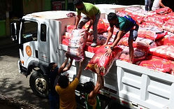 Over 3K Davao City fisherfolk get rice aid