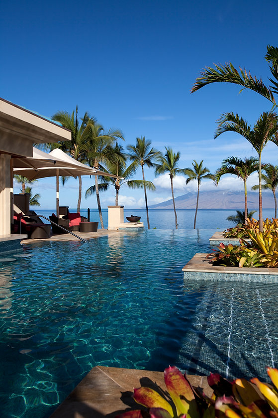 Luxury-Oceanside-Infinite-Pool-182245627