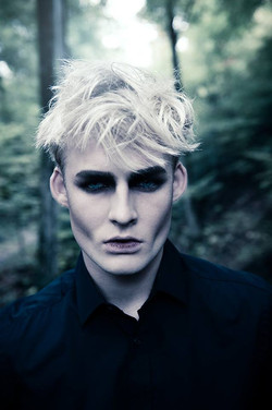 vampire makeup man