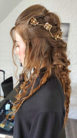 Bridal hair iceland wedding