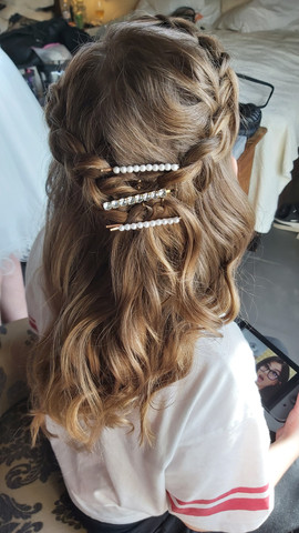 Hair stylist iceland bridal