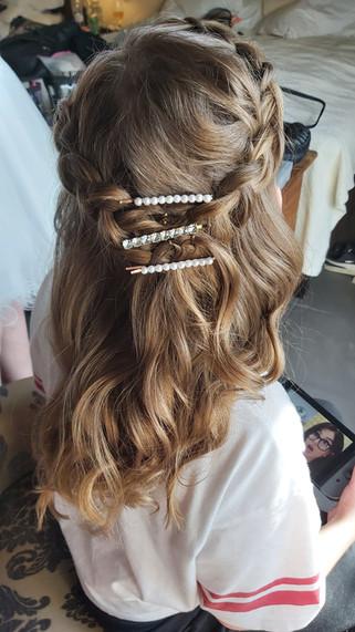 Hair stylist iceland bridal