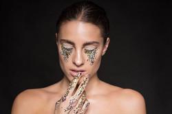 gold chunky glitter tears makeup