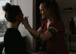 makeup artist icealnd