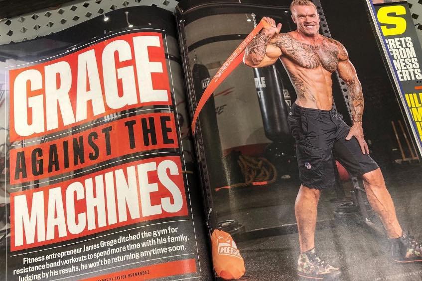 مقال المجلة عن نجاح الخبير في بناء العضلات بحبال المقاومة