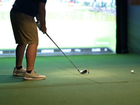 4 Things to Consider Before Buying a Golf Simulator