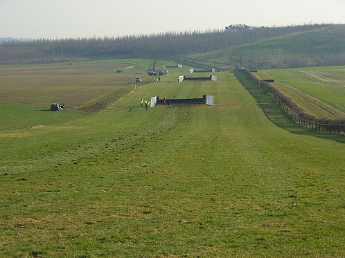 BARBURY IRC -PTP - Barbury Castle