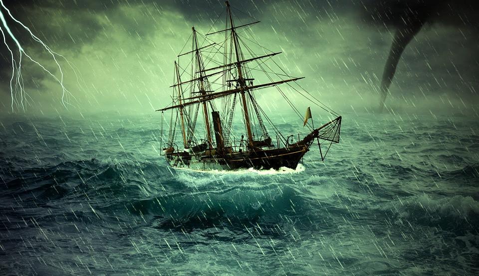 voilier dans la tempête