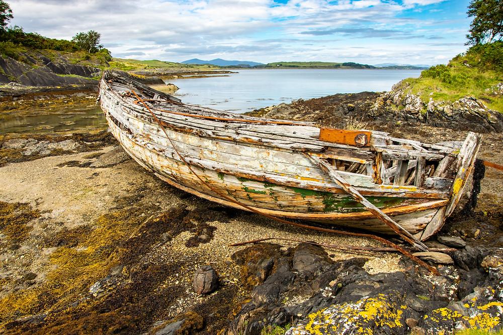 bateau abandonné