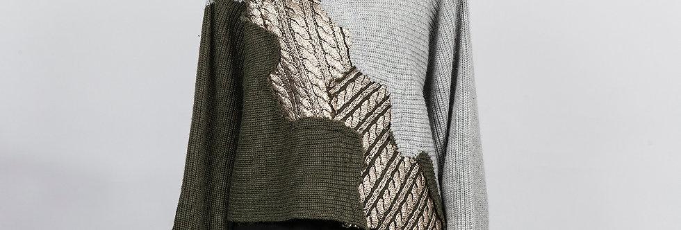 1130-01A | Olive Foil Print Patchwork Pullover