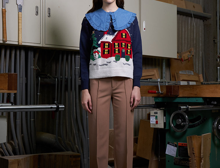 X'mas Ugly Sweater with Embroidery Detail