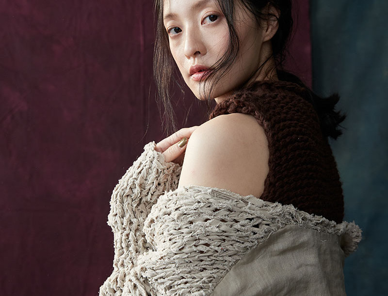 BJ-368A | Linen Fabric Combined Hand Knit Pullover