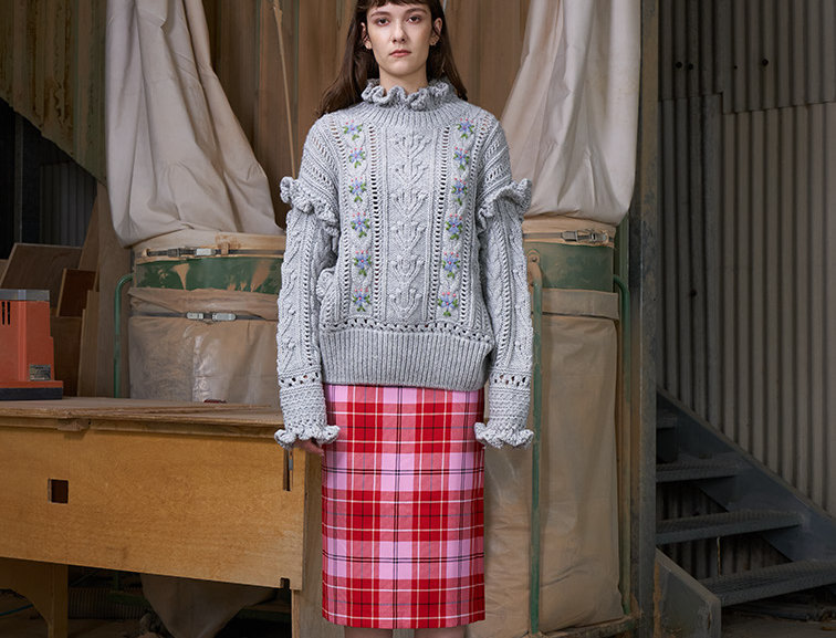 Oversize Ruffles Pullover with Hand Embroidery