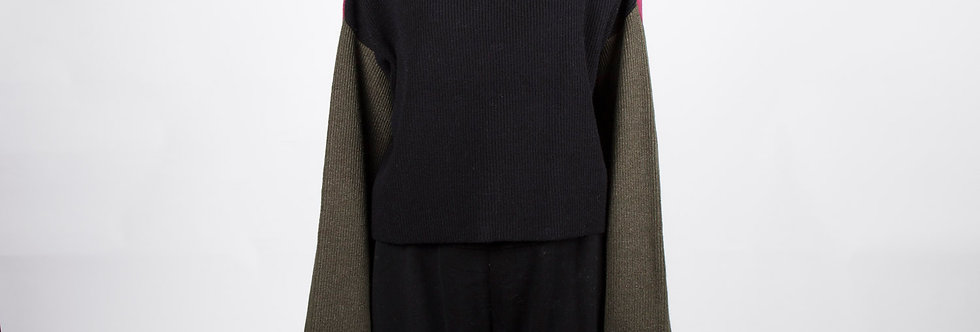 W205 | Super Long Sleeve Color Block Turtleneck Sweater