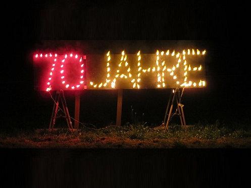Feuerschrift mit brennenden Buchstaben
