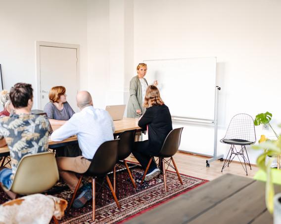 teammeeting friday cowork.jpg