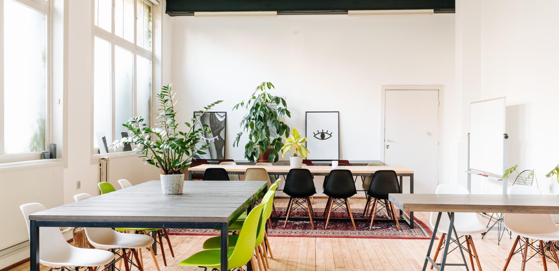 friday cowork meetingspace