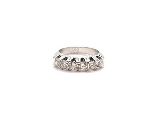Anel Meia Aliança Diamantes em Ouro Branco Fattini