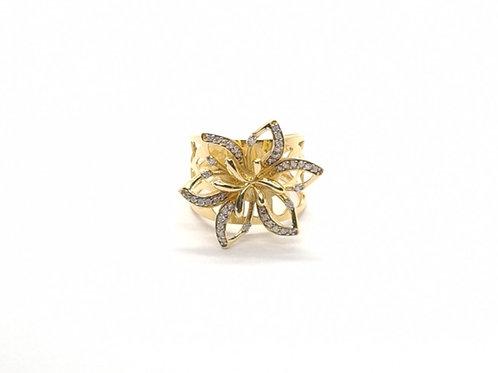 Anel Flor de Brilhantes em Ouro Amarelo com Coleção Fattini