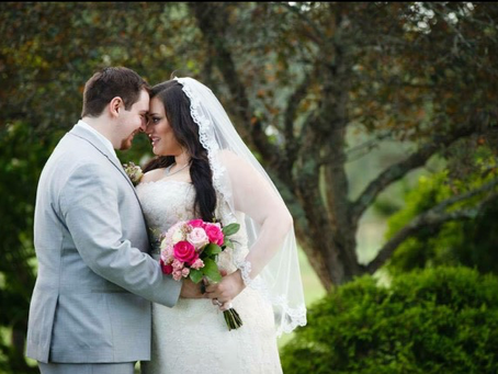 Why you should hire a Professional Makeup Artist for your Wedding!
