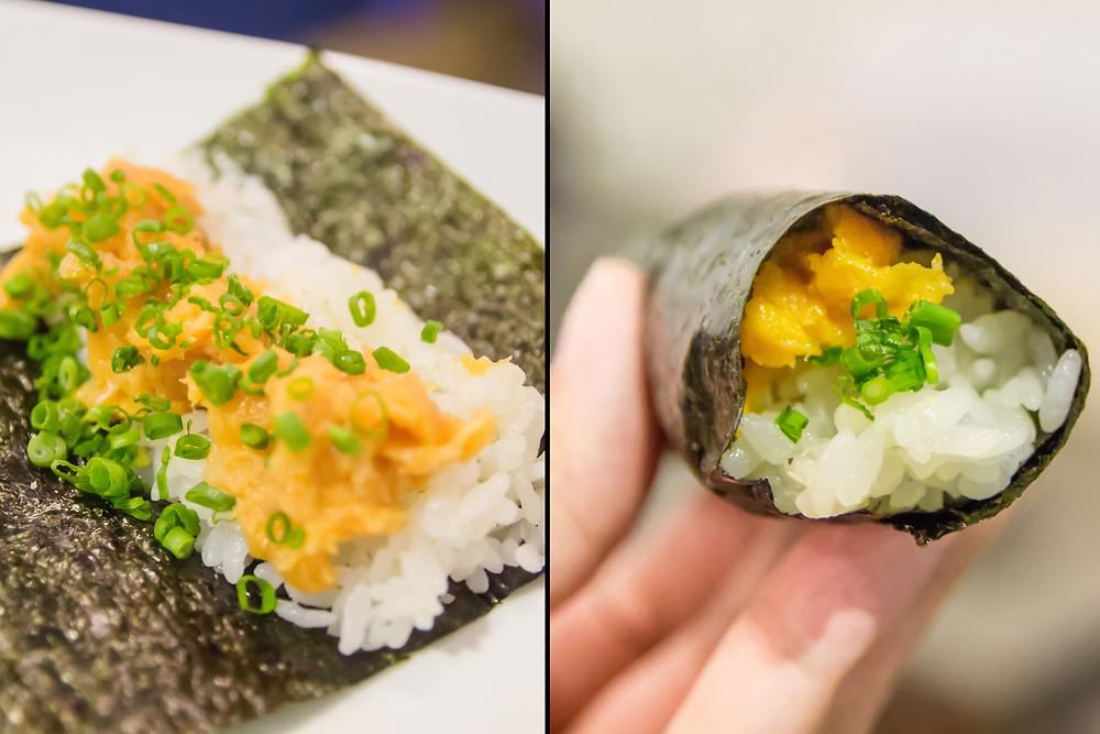 One Tuna Belly Handroll Spicy. Rong Biển Cuộn Cơm Bụng cá ngư